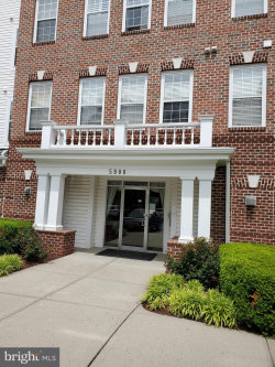 Photo of 5900 Whale Boat DRIVE, Unit 305, Clarksville, MD 21029 (MLS # MDHW279564)