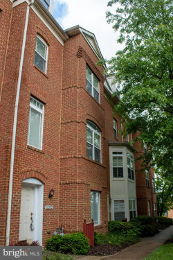 Photo of 10292 Chestnut Park LANE, Unit 124, Columbia, MD 21044 (MLS # MDHW280050)