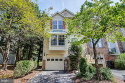 Photo of 20285 Waters Row TERRACE, Germantown, MD 20874 (MLS # MDMC675396)