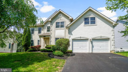 Photo of 307 Alderwood DRIVE, Gaithersburg, MD 20878 (MLS # MDMC684134)