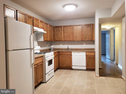Photo of 866 Quince Orchard BOULEVARD, Unit 102, Gaithersburg, MD 20878 (MLS # MDMC684174)