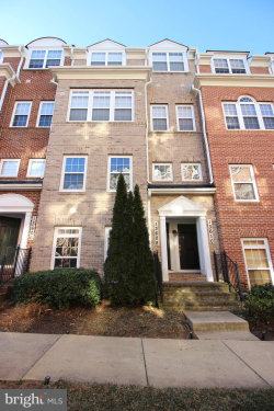 Photo of 13608 Dover Cliffs PLACE, Germantown, MD 20874 (MLS # MDMC696944)