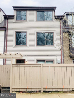 Photo of 9986 Forest View PLACE, Montgomery Village, MD 20886 (MLS # MDMC699840)
