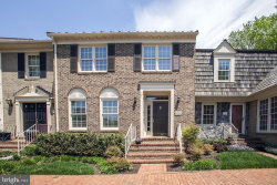 Photo of 5723 Brewer House CIRCLE, Rockville, MD 20852 (MLS # MDMC707172)