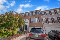 Photo of 18 Inkberry CIRCLE, Gaithersburg, MD 20877 (MLS # MDMC731434)