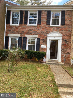 Photo of 47 Longmeadow DRIVE, Gaithersburg, MD 20878 (MLS # MDMC731588)