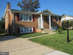 Photo of 6902 Briarcliff DRIVE, Clinton, MD 20735 (MLS # MDPG525146)