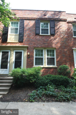 Photo of 1415 Edgewood STREET S, Unit 458, Arlington, VA 22204 (MLS # VAAR139004)