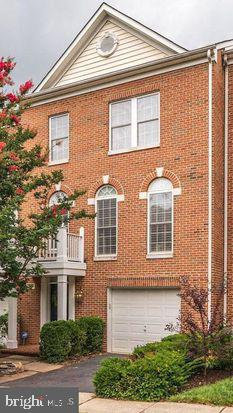 Photo of 11618 Park Vista BOULEVARD, Fairfax, VA 22030 (MLS # VAFX1084328)