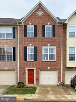 Photo of 5504 Sacramento Mews PLACE, Alexandria, VA 22309 (MLS # VAFX1120338)