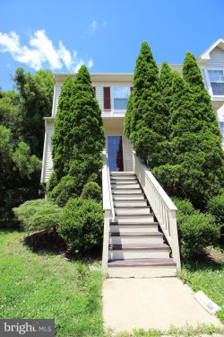 Photo of 14138 Autumn CIRCLE, Centreville, VA 20121 (MLS # VAFX1129922)