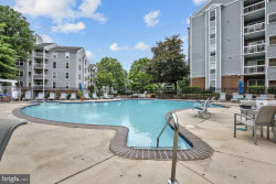 Photo of 3176 Summit Square DRIVE, Unit 4-D5, Oakton, VA 22124 (MLS # VAFX1162994)