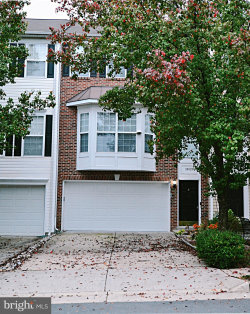 Photo of 18525 Sierra Springs SQUARE, Leesburg, VA 20176 (MLS # VALO424638)