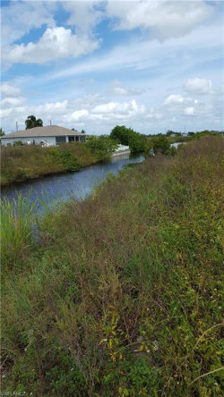 Photo of 1418 NE 21st AVE, CAPE CORAL, FL 33909 (MLS # 218059305)