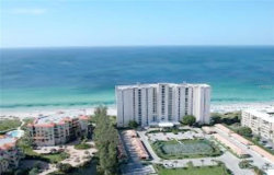 Photo of 2425 Gulf Of Mexico Drive, Unit 2D, LONGBOAT KEY, FL 34228 (MLS # A4199335)