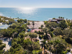 Photo of 7370 Point Of Rocks Road, SARASOTA, FL 34242 (MLS # A4204523)