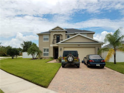 Photo of 4231 Heirloom Rose Place, OVIEDO, FL 32766 (MLS # O5517761)
