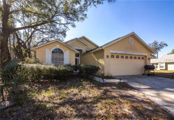 Photo of 992 Maple Court, APOPKA, FL 32703 (MLS # O5557048)