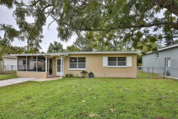 Photo of 518 Flame Tree Drive, APOLLO BEACH, FL 33572 (MLS # T2909386)