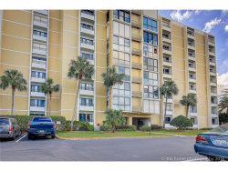 Photo of 855 Bayway Boulevard, Unit 507, CLEARWATER BEACH, FL 33767 (MLS # U7829941)
