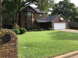 Photo of 1221 Circle View Court, Grapevine, TX 76051 (MLS # 13619621)