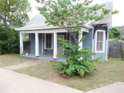 Photo of 908 E 3rd Street, Fort Worth, TX 76102 (MLS # 13620599)