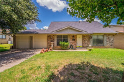 Photo of 512 Shelmar Drive, Euless, TX 76039 (MLS # 13638611)