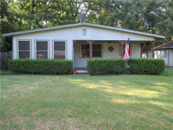 Photo of 10013 Brinwood Drive, Wills Point, TX 75169 (MLS # 13645215)