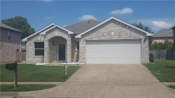 Photo of 514 Darlene Trail, Euless, TX 76039 (MLS # 13652910)