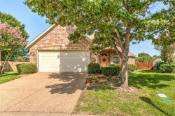 Photo of 1924 Twin Oaks Circle, Grapevine, TX 76051 (MLS # 13657582)