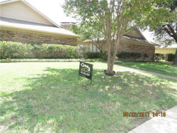 Photo of 2800 TOWNBLUFF Drive, Plano, TX 75075 (MLS # 13668942)