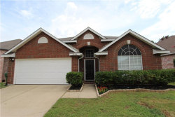 Photo of 2608 Chancellor Drive, Flower Mound, TX 75028 (MLS # 13669783)