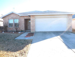 Photo of 2904 Paddock Way, Denton, TX 76210 (MLS # 13673858)
