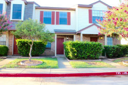 Photo of 642 W Collins Street, Denton, TX 76201 (MLS # 13674330)