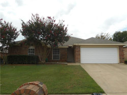 Photo of 817 Parkhill Drive, Mansfield, TX 76063 (MLS # 13675001)