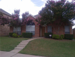 Photo of 1810 Canoe Way, Carrollton, TX 75010 (MLS # 13683530)