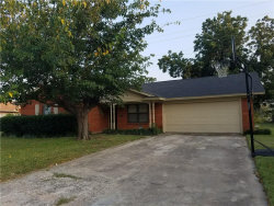Photo of 3220 Valley Forge Trail, Forest Hill, TX 76140 (MLS # 13685972)