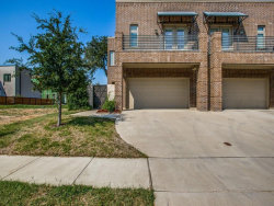 Photo of 318 Wimberly Street, Fort Worth, TX 76107 (MLS # 13695566)