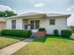 Photo of 4613 Calmont Avenue, Fort Worth, TX 76107 (MLS # 13696822)