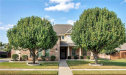 Photo of 5217 Winterberry Court, Fort Worth, TX 76244 (MLS # 13698361)