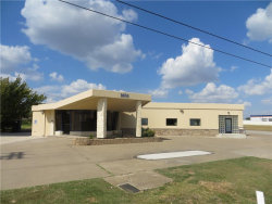 Photo of 1606 W Euless Boulevard, Euless, TX 76040 (MLS # 13699179)