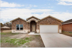 Photo of 1002 Woodcrest Drive, Lancaster, TX 75134 (MLS # 13711589)