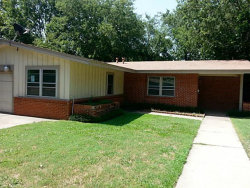 Photo of 7717 Davenport Avenue, Fort Worth, TX 76116 (MLS # 13712494)