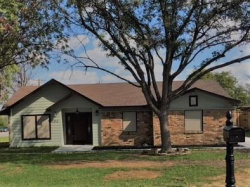 Photo of 100 CLOUDCREST Drive, DeSoto, TX 75115 (MLS # 13712681)
