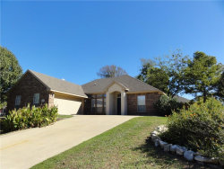 Photo of 1406 Chancellor Drive, Kaufman, TX 75142 (MLS # 13718261)