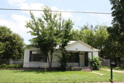 Photo of 918 N Taylor Street, Gainesville, TX 76240 (MLS # 13724552)