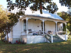 Photo of 22 N Washburn Road, Bells, TX 75414 (MLS # 13731691)