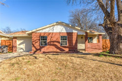 Photo of 3033 Olive Pl Place, Fort Worth, TX 76116 (MLS # 13733873)