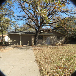 Photo of 6529 Shady Hill Drive E, Forest Hill, TX 76119 (MLS # 13736407)