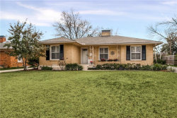 Photo of 6720 Blessing Drive, Dallas, TX 75214 (MLS # 13738014)